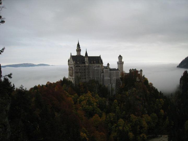 ノイシュバンシュタイン城は雲の上