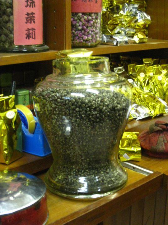購入したジャスミン茶ギャラリーにてお出しします❤ う~ん!いい香り~(*^_^*)