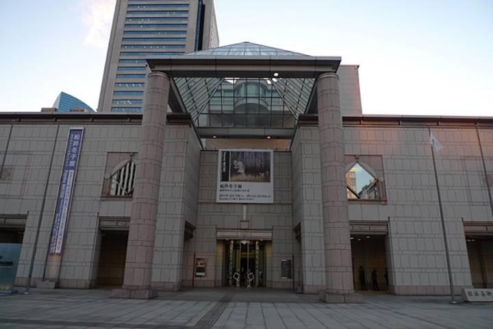 横浜美術館は、みなとみらいにあります。
