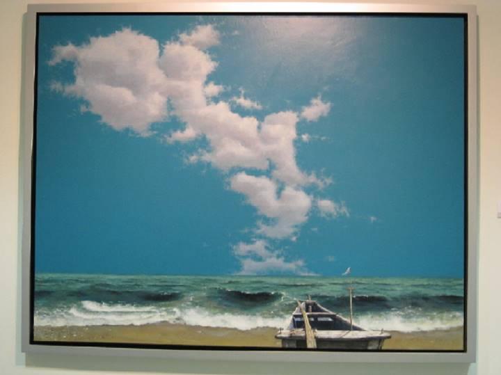 今回の個展に登場した「お母さんの海」。 雲の形はハングル文字で「オモニ(お母さん)」という意味。