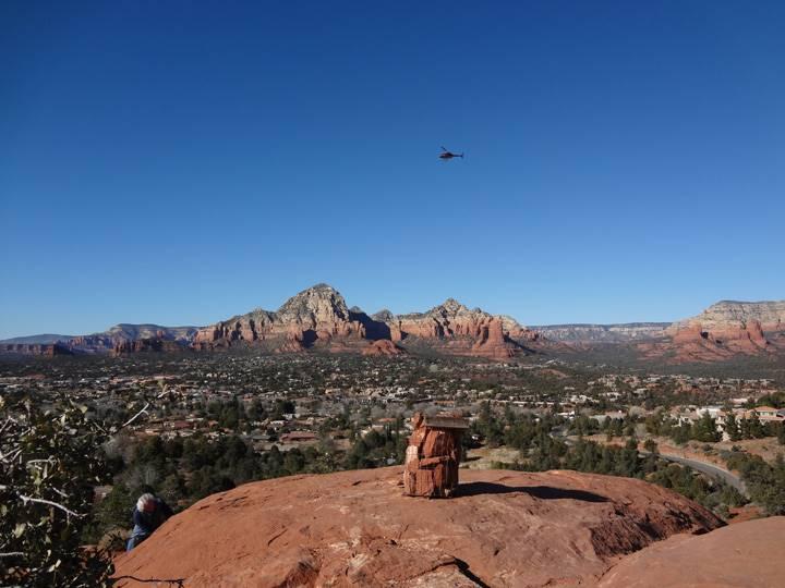 ヘリコプターからの眺めも最高でしょう。