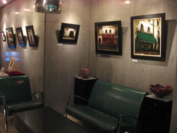 ギャラリー中央