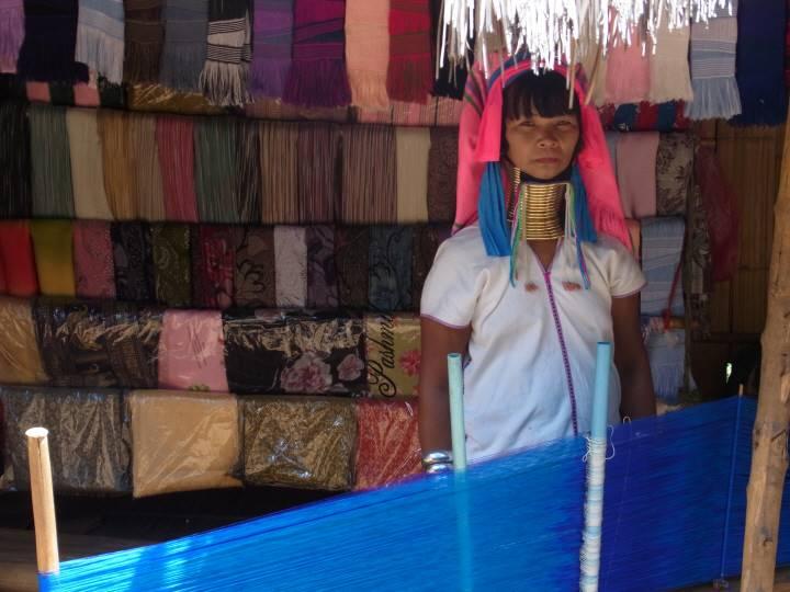 すべて手織りの商品