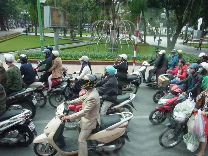 最高4人乗りのバイクzzz