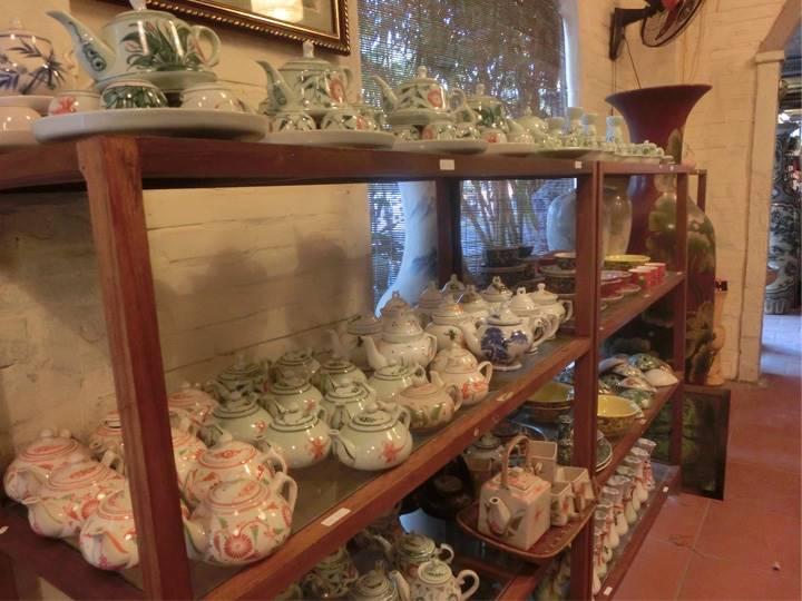 バッチャン焼きの陶器