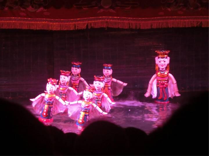 日本舞踊のような舞