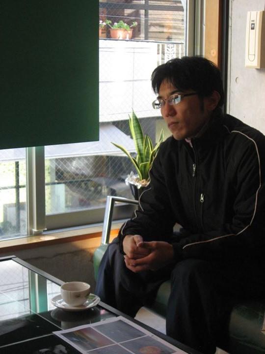 吉野先生、表情が硬い・・・かなり。